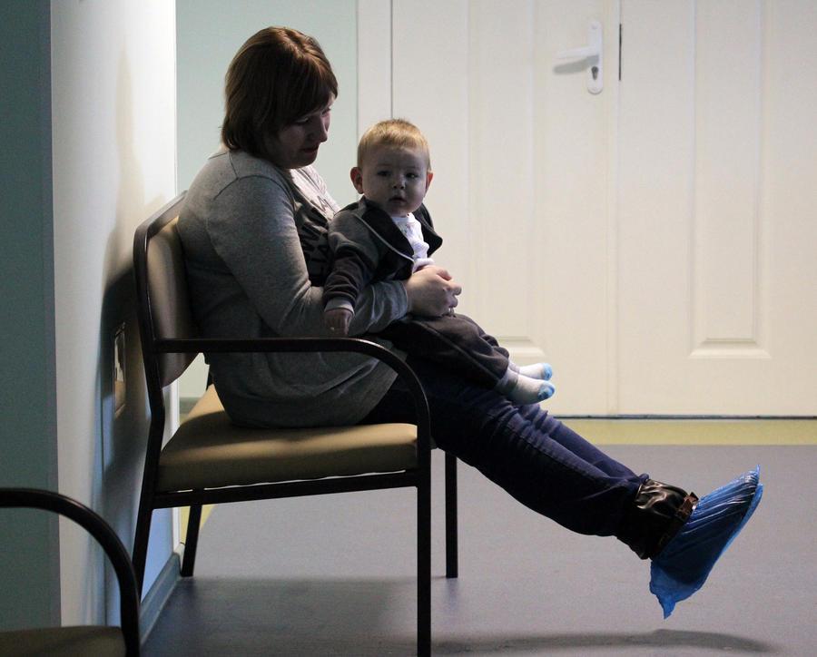 Вирус менингита попал в ростовские детсады из Китая