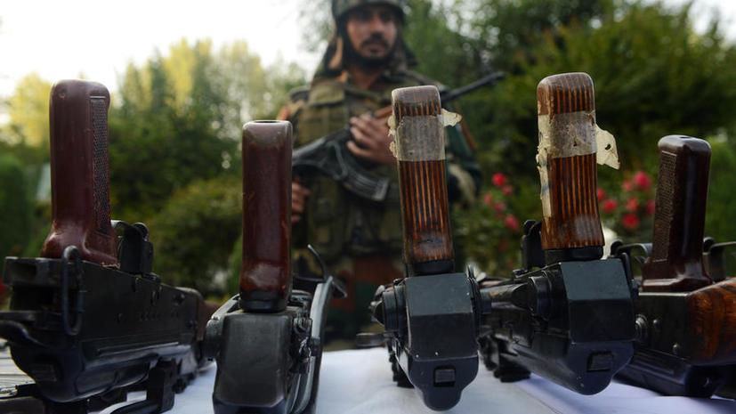 Американский корабль задержан в Индии по подозрению в контрабанде оружия