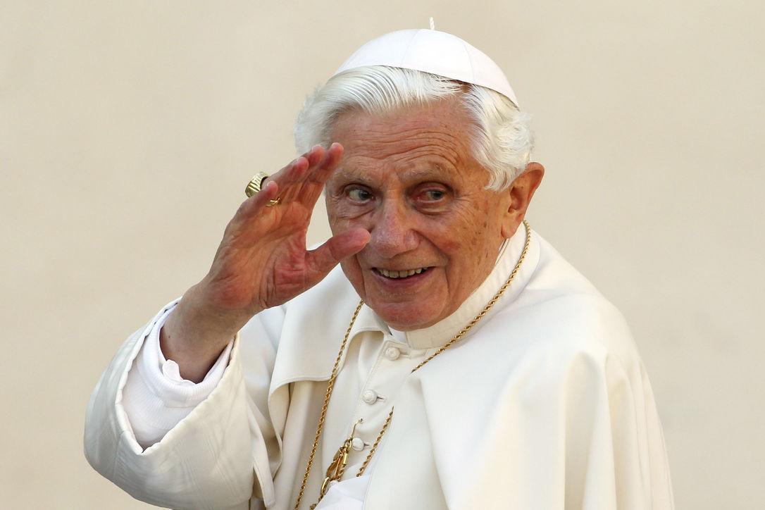 Перед уходом папа римский проведет избирательную реформу