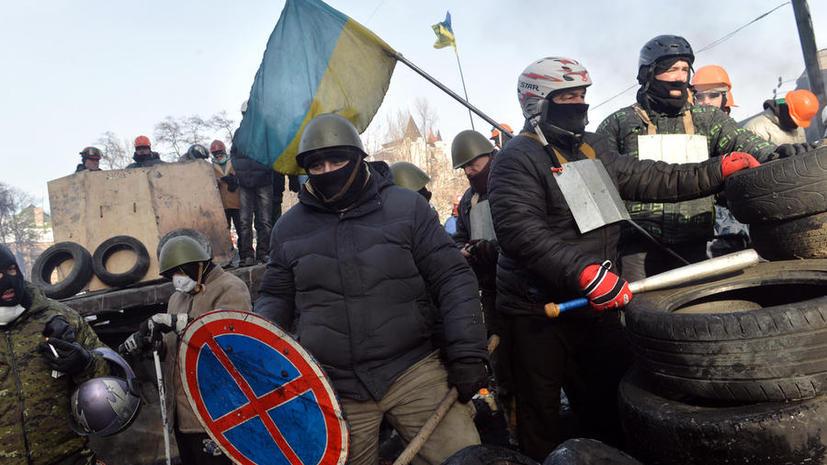 МВД Украины: С военных складов во Львове похищены тысячи единиц оружия