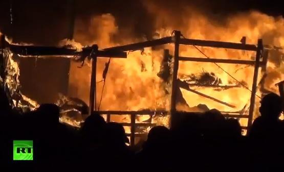 Киев в огне: В России спрос на туры в украинскую столицу упал до нуля
