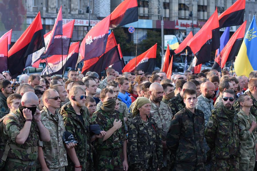 Le Figaro: Киев использует «Правый сектор» в своих интересах, но не может его контролировать