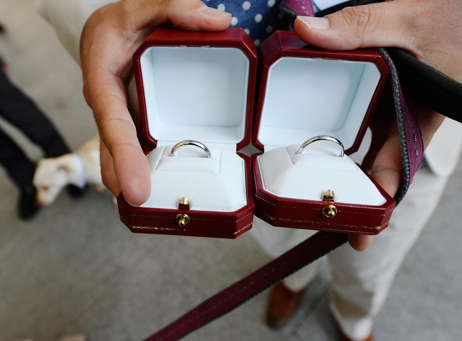 Британец попал в тюрьму за сообщение о бомбе на своей свадьбе