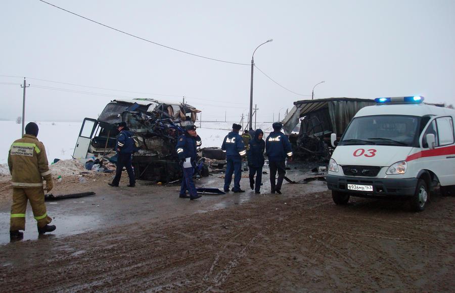 Водитель автобуса, попавшего в ДТП под Самарой, часто привлекался за грубые нарушения