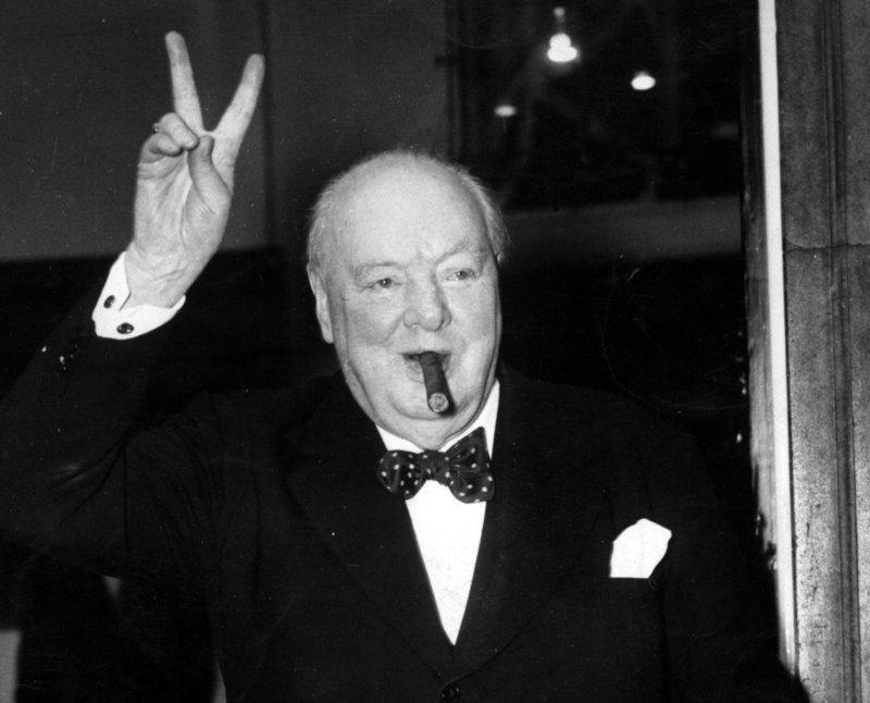 СМИ: Родственники Черчилля умоляли его не принимать ислам