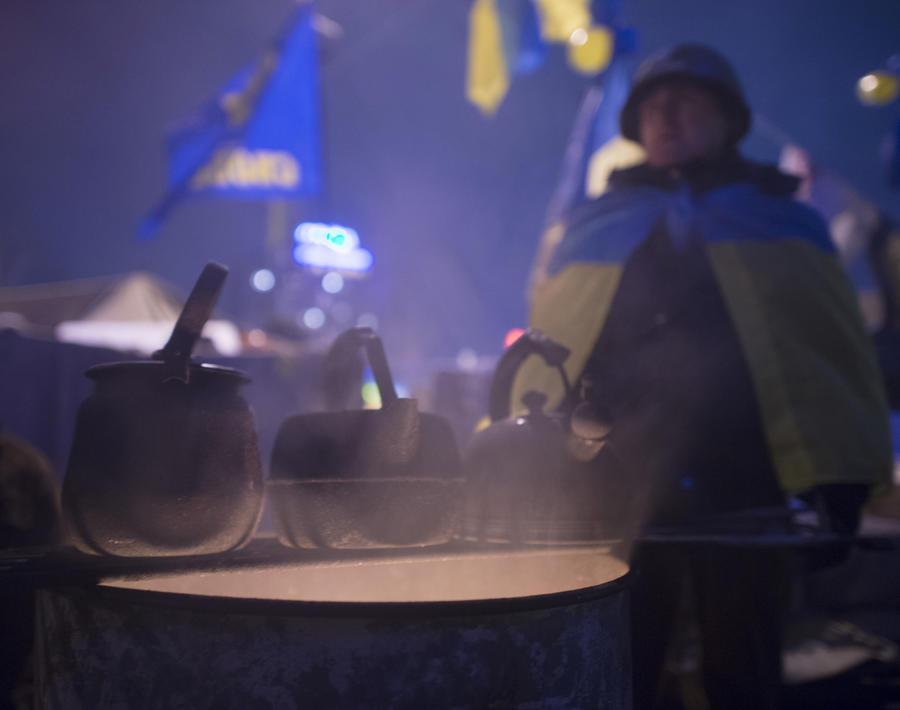 Эксперты: Отключение горячей воды в Киеве и тотальная экономия не помогут украинской энергетике