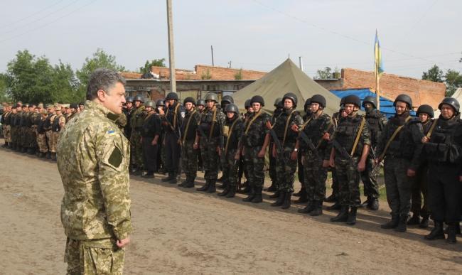 Путин, Меркель и Олланд призвали Порошенко продлить режим прекращения огня