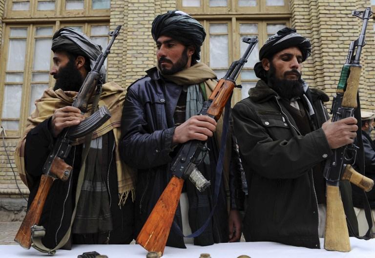 В результате атаки талибов на востоке Афганистана погибли 20 солдат