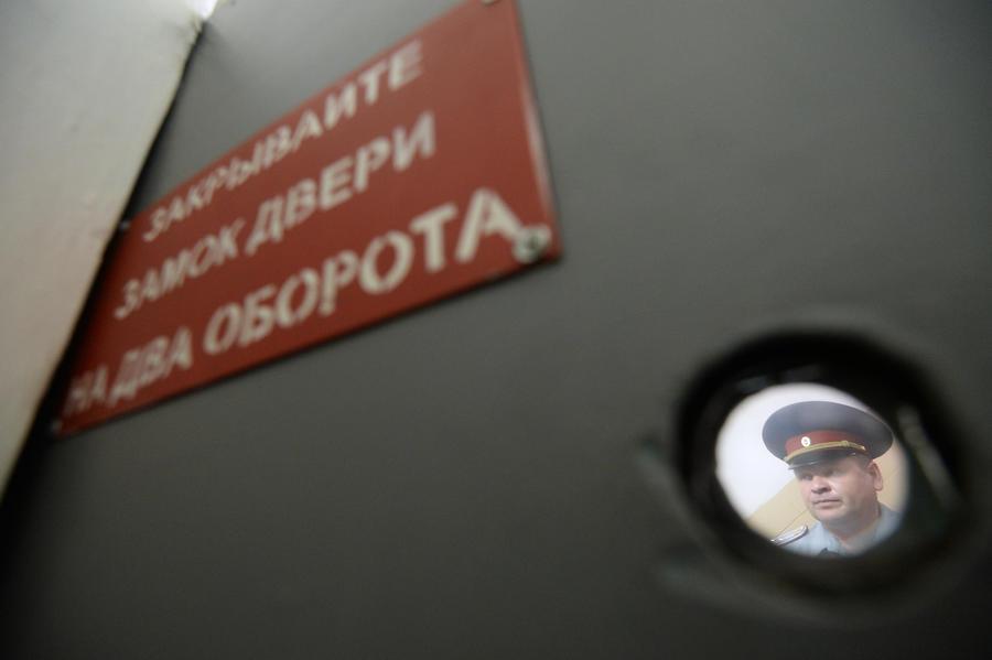 СМИ: Мелких преступников, явившихся с повинной, будут чаще отпускать на свободу