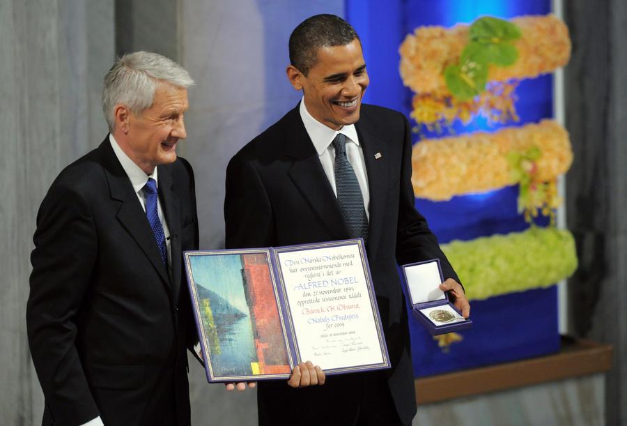 Депутат Госдумы Роман Худяков просит Нобелевский комитет лишить Барака Обаму премии мира