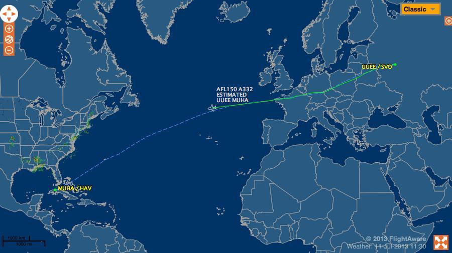 Следовавший на Кубу самолёт изменил маршрут - журналисты предположили, что на борту находится Сноуден