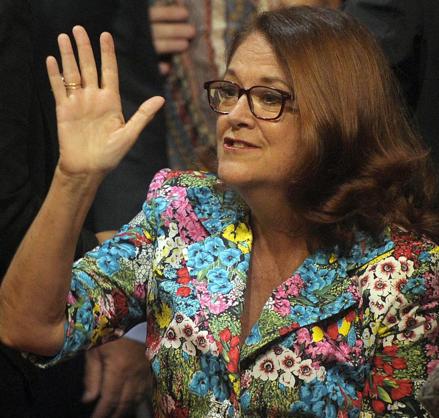 Посол Аргентины в Великобритании назвала Дэвида Кэмерона «недалёким» и «неэффективным»