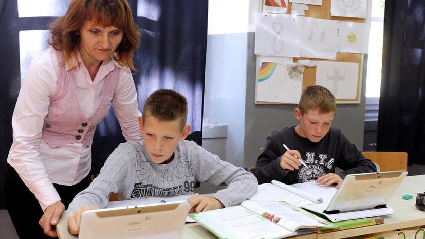 Исследование: Британские школьники теряют навыки письма