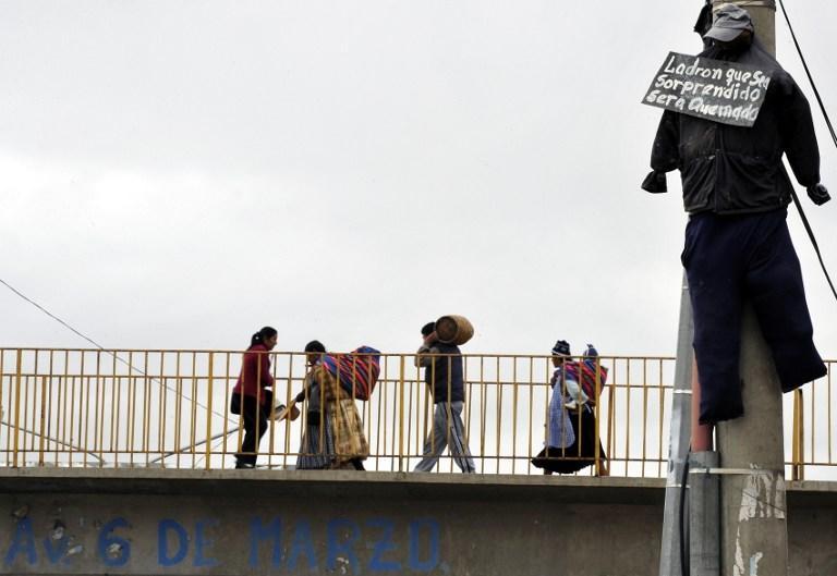 Бездействие полицейских заставляет боливийцев вершить самосуд