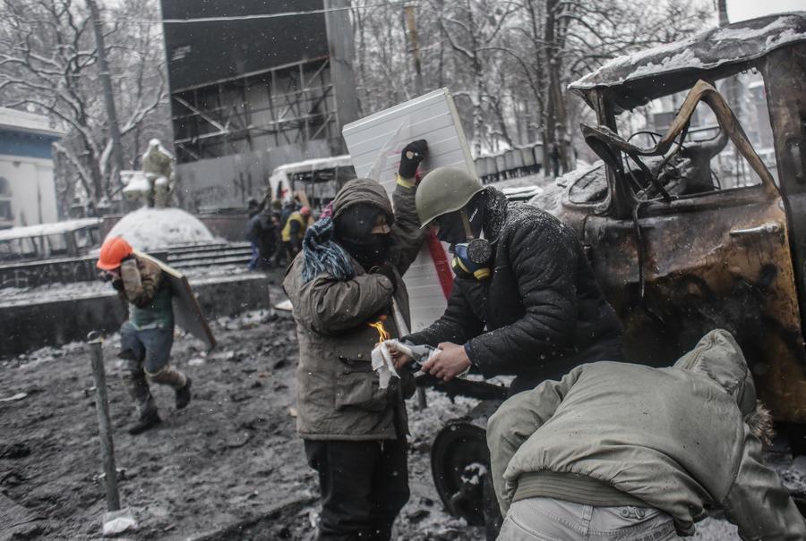 МВД Украины разыскивает очевидцев убийств, совершенных во время беспорядков в Киеве