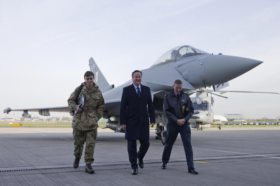 Великобритания приступает к нанесению авиаударов по позициям «Исламского государства» в Сирии