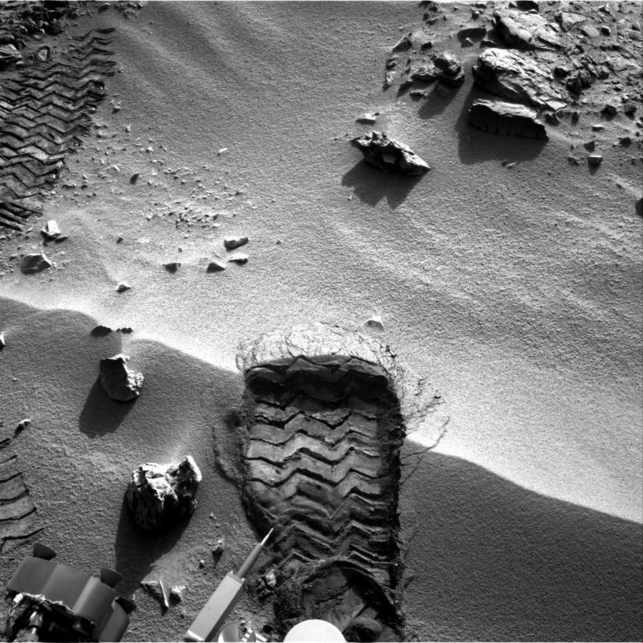 Curiosity выяснил, что раньше на Марсе могли жить микробы