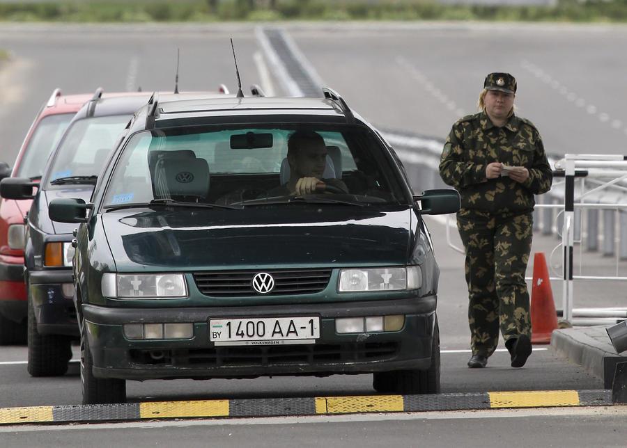Водителей автомобилей с иностранными номерами будут штрафовать