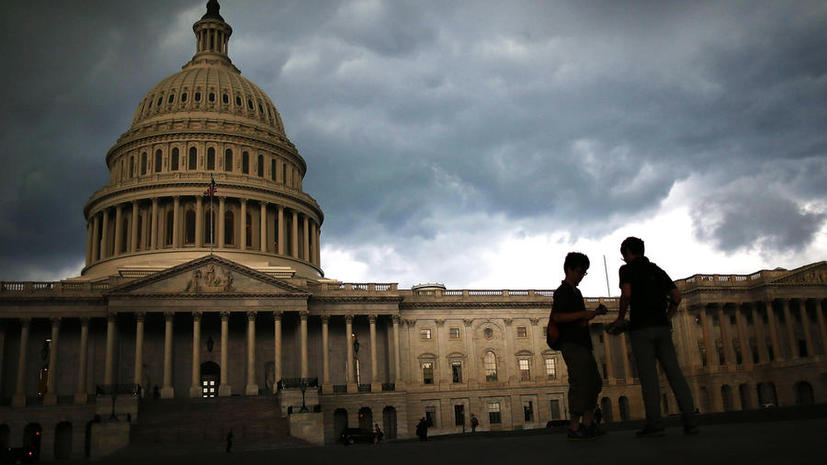 Лидер демократического большинства в американском сенате отказался встречаться с российской делегацией