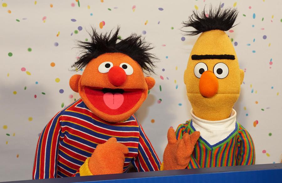 Пекарю грозит суд за отказ представить героев «Улицы Сезам» сторонниками однополых браков