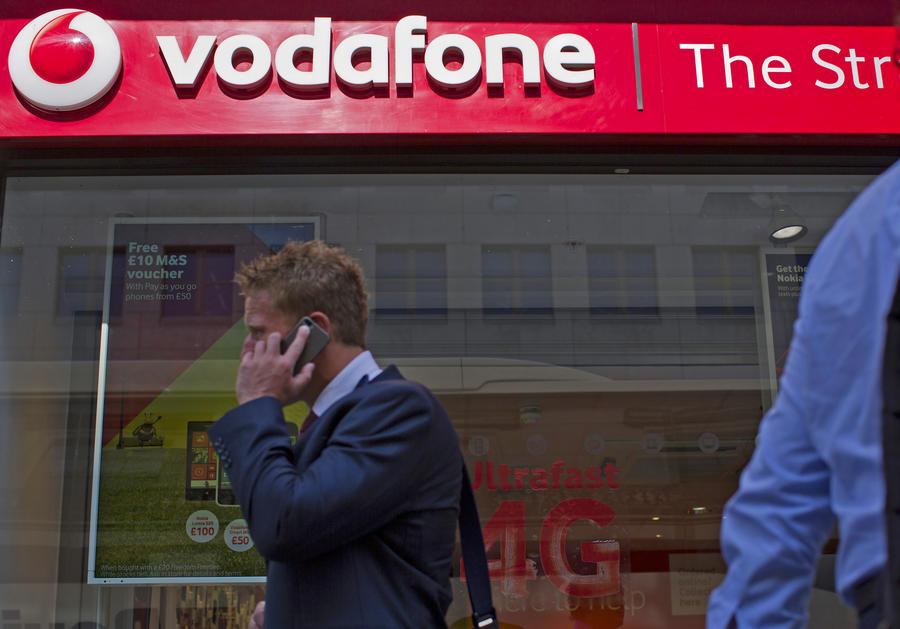 Vodafone: Правительства 29 стран могут прослушивать разговоры по мобильным телефонам