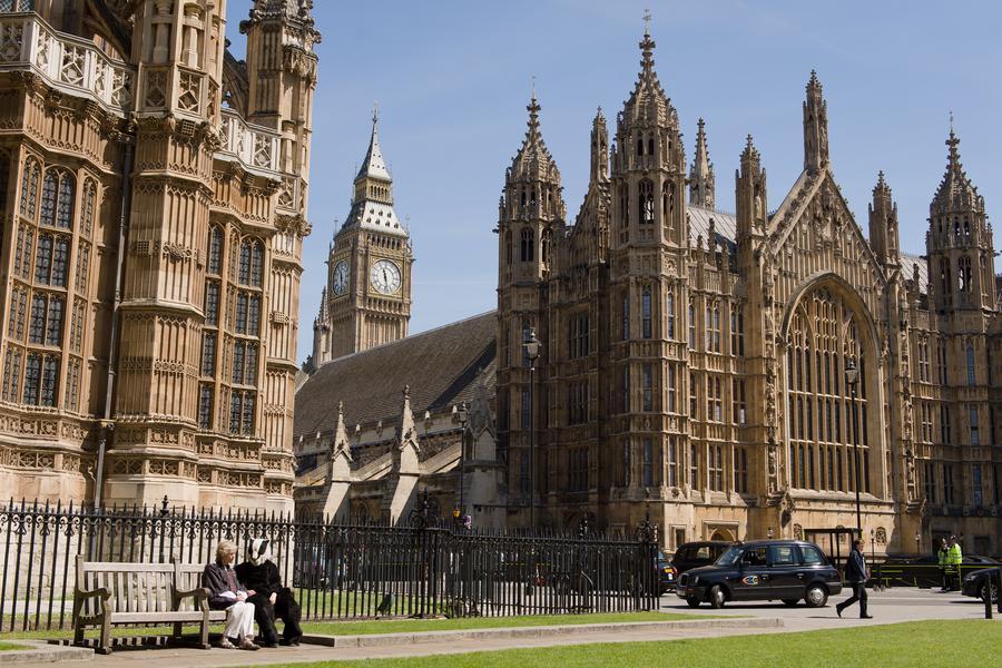 Британский парламент выделил $150 тыс. на ремонт двух туалетов