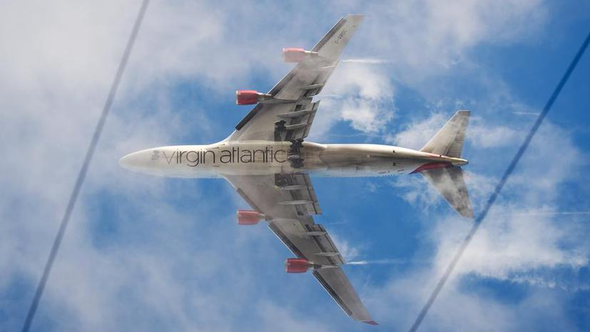 Virgin Atlantic зовет на работу неграмотных англичан, а не образованных африканцев