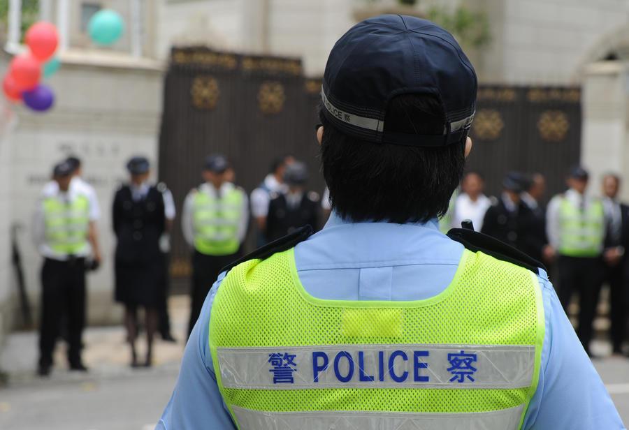 Во время волнений на западе Китая погибли 27 человек