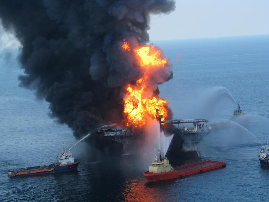 Компания BP выплатит рекордные $18,7 млрд за разлив нефти в Мексиканском заливе в 2010 году