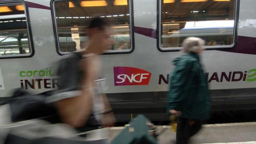Французская железная дорога закупила поезда, которые не подходят к платформам