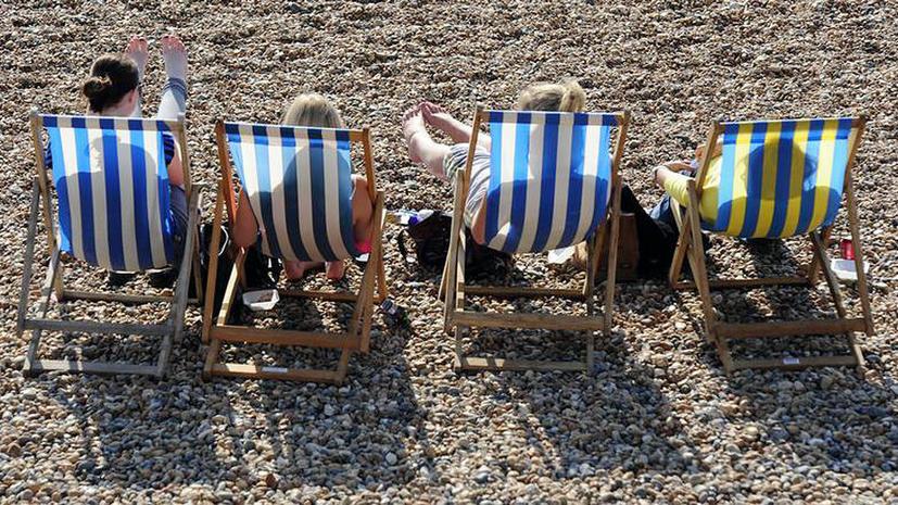 Молодые британцы предпочитают не работать и жить на пособие