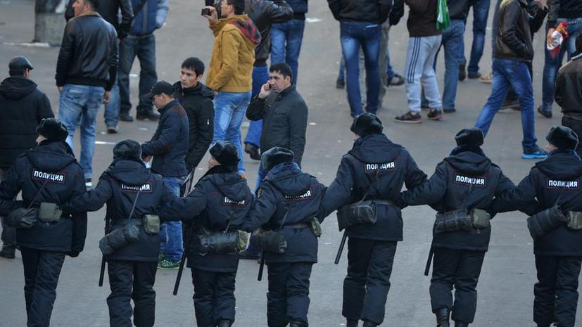 СМИ: ФМС и полиция будут задерживать нелегалов в день Курбан-байрама
