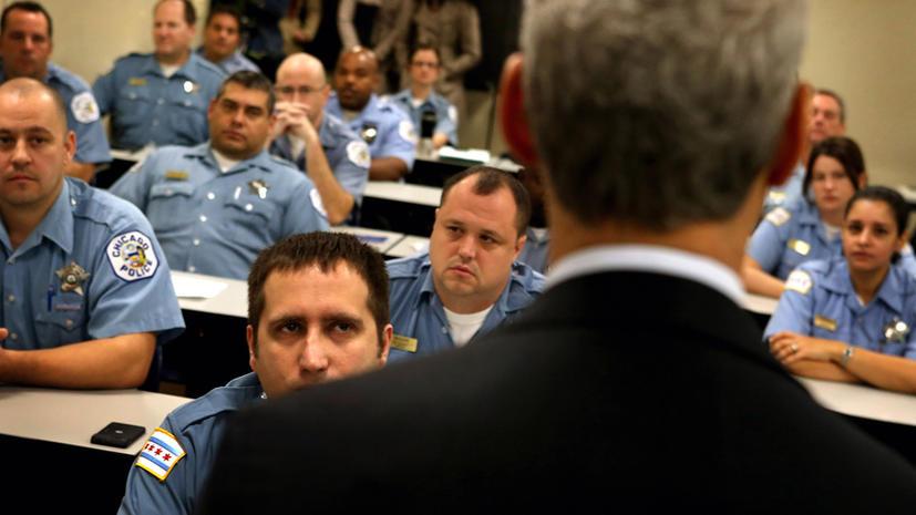 Американец,  просидевший в тюрьме 19 лет по ложному обвинению, подал в суд на полицию
