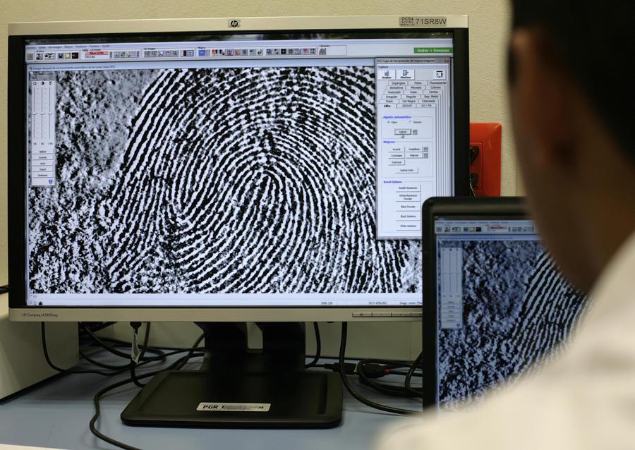 Хакеры рассказали о способах кражи отпечатков пальцев у владельцев устройств на Android