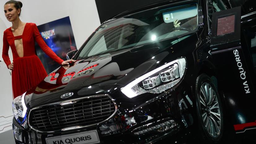 СМИ: Российским госкомпаниям запретят закупать импортные автомобили