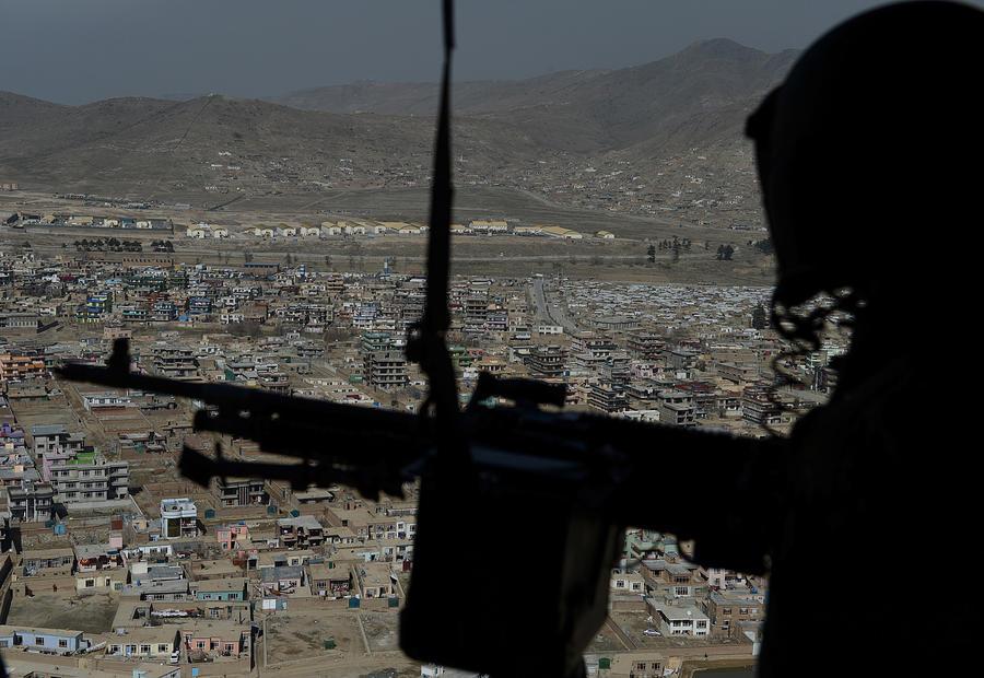В результате теракта в Афганистане убиты двое американских военных