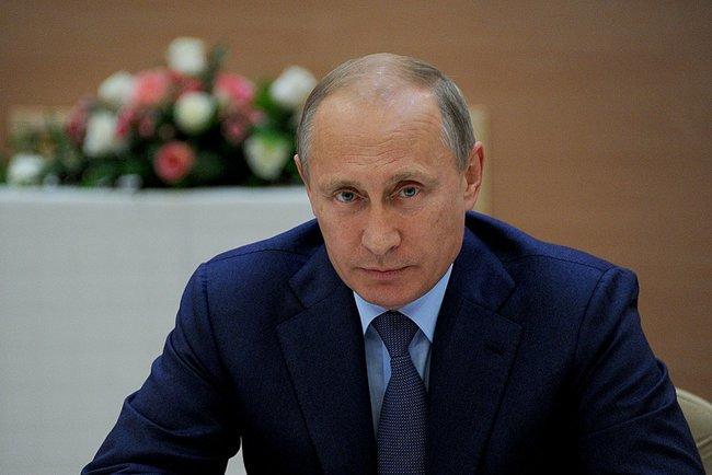 Дмитрий Песков: Владимир Путин призвал прекратить боевые действия в Донбассе