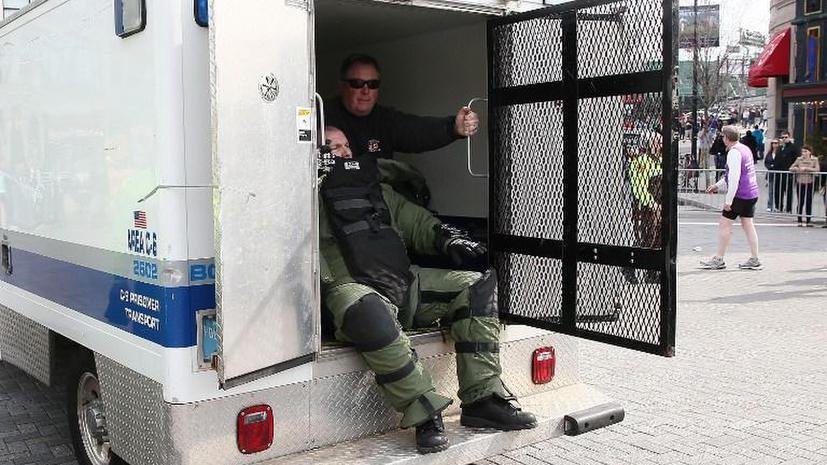 Руководство ВМФ США послало в Бостон команду саперов