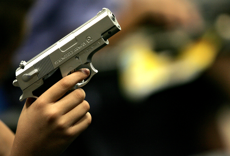 В Мексике будут обменивать незарегистрированное оружие на деньги и игрушки