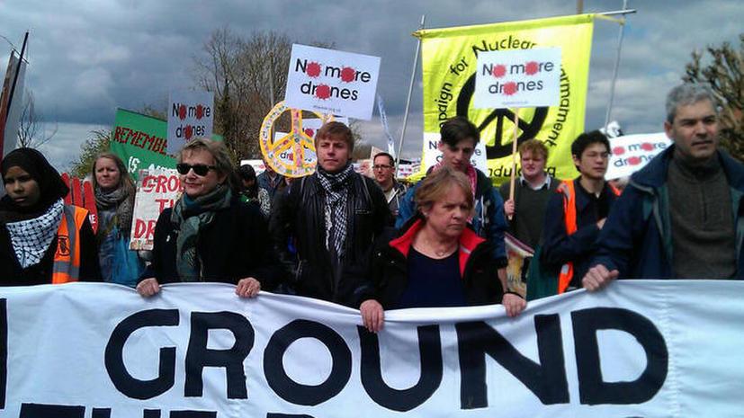 Британцы протестуют против применения дронов