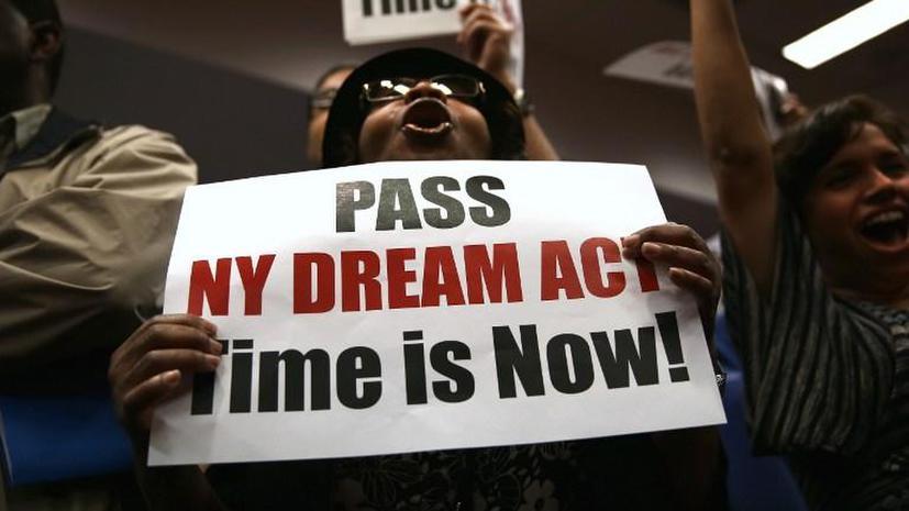 В Нью-Йорке арестованы активисты, выступающие за принятие миграционной реформы
