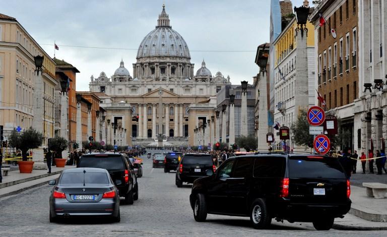 В Италии задержаны двое мошенников с поддельными облигациями на сумму €3 трлн