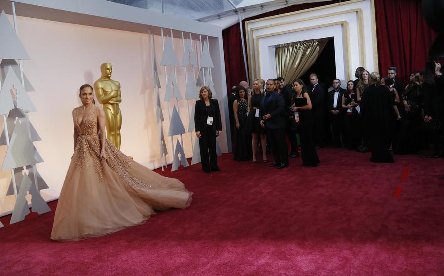 В Лос-Анджелесе проходит 87-я церемония вручения престижной кинопремии «Оскар»