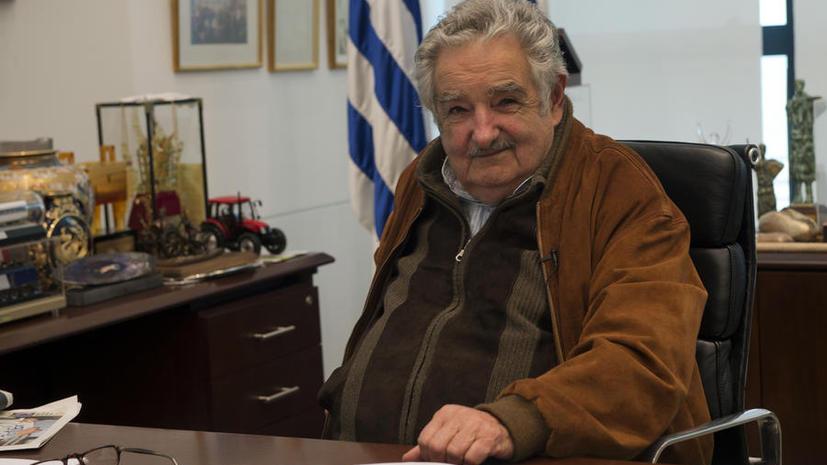 Президент Уругвая оставил министров без каникул