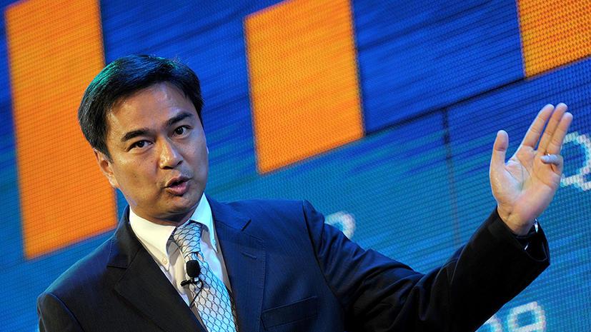 Власти Таиланда обвинили бывшего премьера в расстреле демонстрации