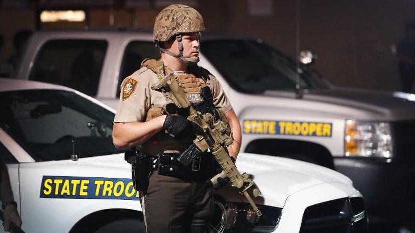 Власти США могут оставить полицейских без военного снаряжения